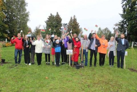 Акция по озеленению в Толочинском районе